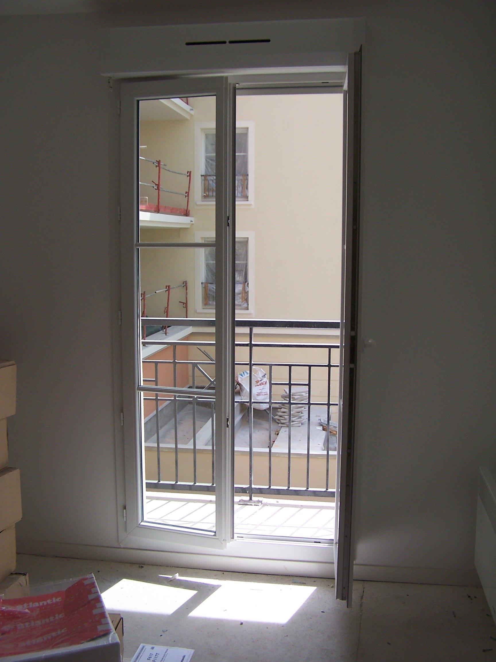 F visitez la cit jardin f3 courcelles plessis robinson for Fenetre balcon